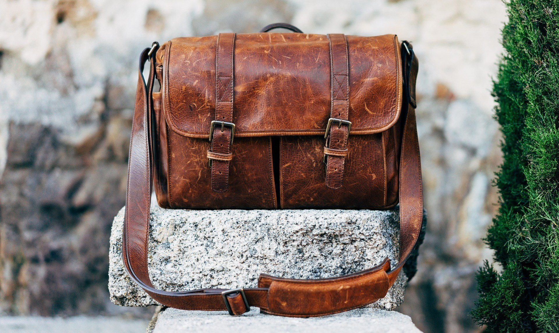 leather anniversary gifts for him